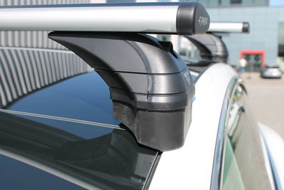 Dakdrager Tesla Model 3 perfecte pasvorm Wingbar Aluminium Zwart
